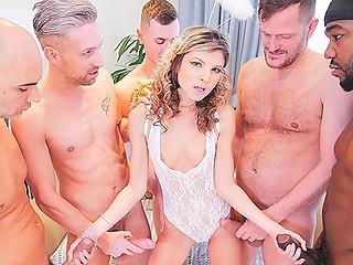 Bang nude gang Wife